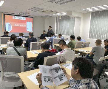 於12月6至7日一連兩天舉行的H10FF 氣體熱水爐的產品技術研討會已順利圓滿結束。本公司偕同台灣櫻花產品研發部及技術部舉辦研討會,獲得了各大代理商踴躍參與,互相交流,加深了代理商對新產品的技術交流。